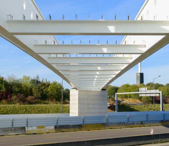 passerelle-autoroute-a5-carre-senart-lieusaint