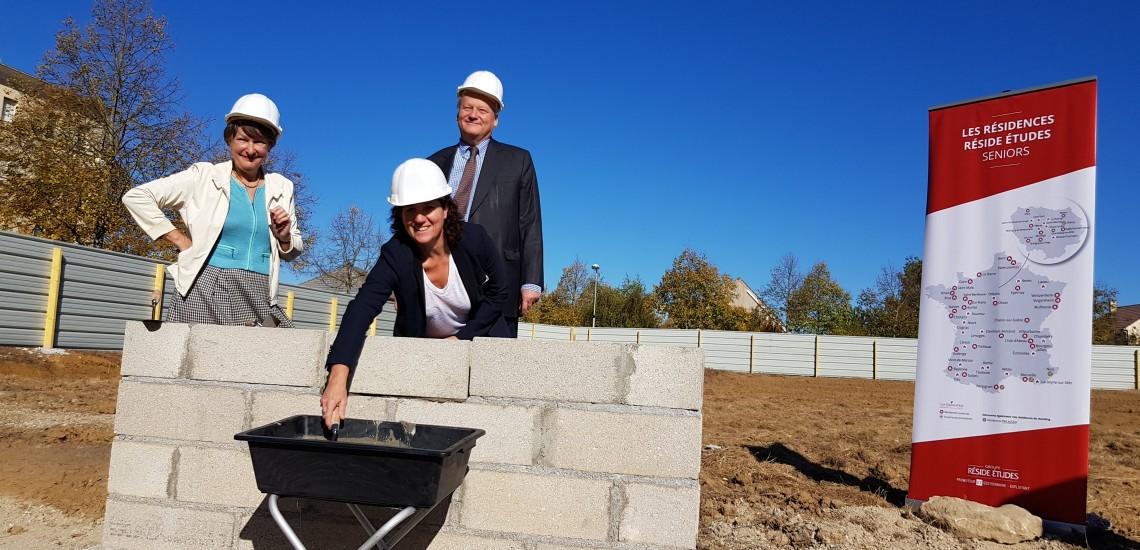 Pose de la première pierre d'une nouvelle résidence pour seniors les